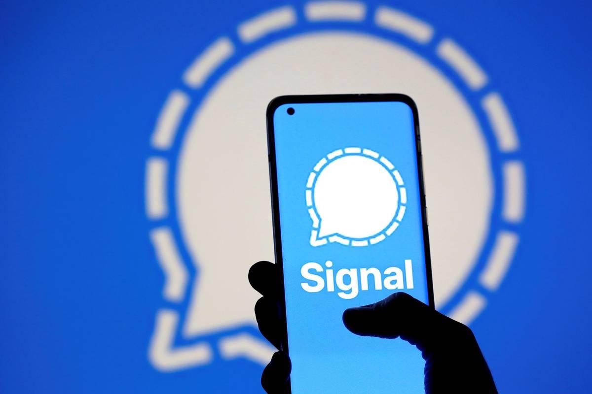تقلید سیگنال از قابلیتهای واتساپ