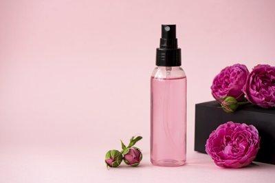 گلاب موثرترین ماده برای تقویت پوست
