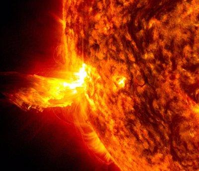 بازگشت طوفان های خورشیدی و تهدید زندگی در زمین