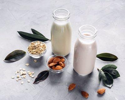 شیر جو دوسر یا شیر بادام؟ کدام بهتر است؟
